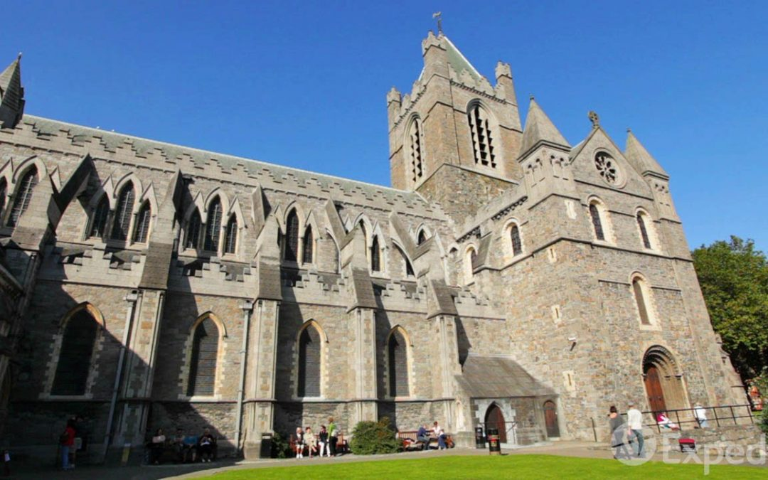 Christchurch Cathedral Vacation Travel Guide | Expedia