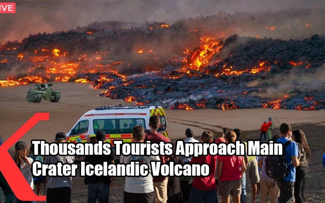 High Alert : Thousands Tourist Approach New Ventilation in Iceland Volcano Main Crater