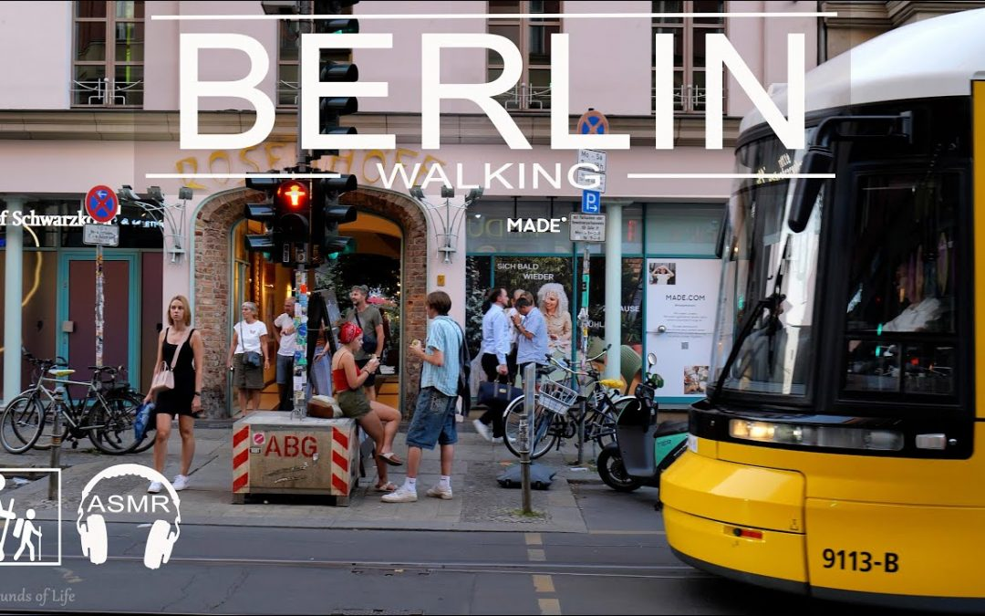 (📽⁴ᴷ⁶⁰)  Walking tour of Berlin in the evening at 18:00 / September 2021 / Berlin Mitte